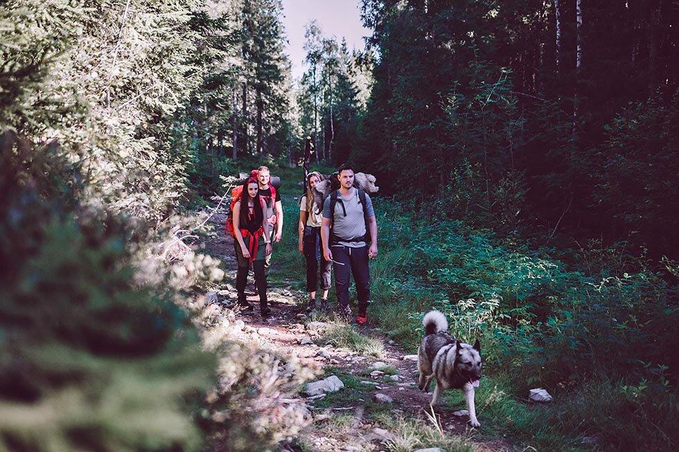 Ut på tur, aldri sur | Jakt Og Friluftsliv AS